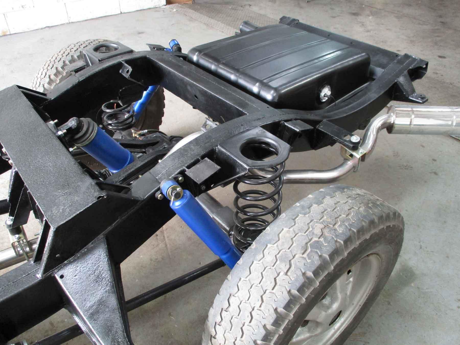 Nouveauté Chassis RC RUN 1:10 LC80 Kit RangeRover-restoration4